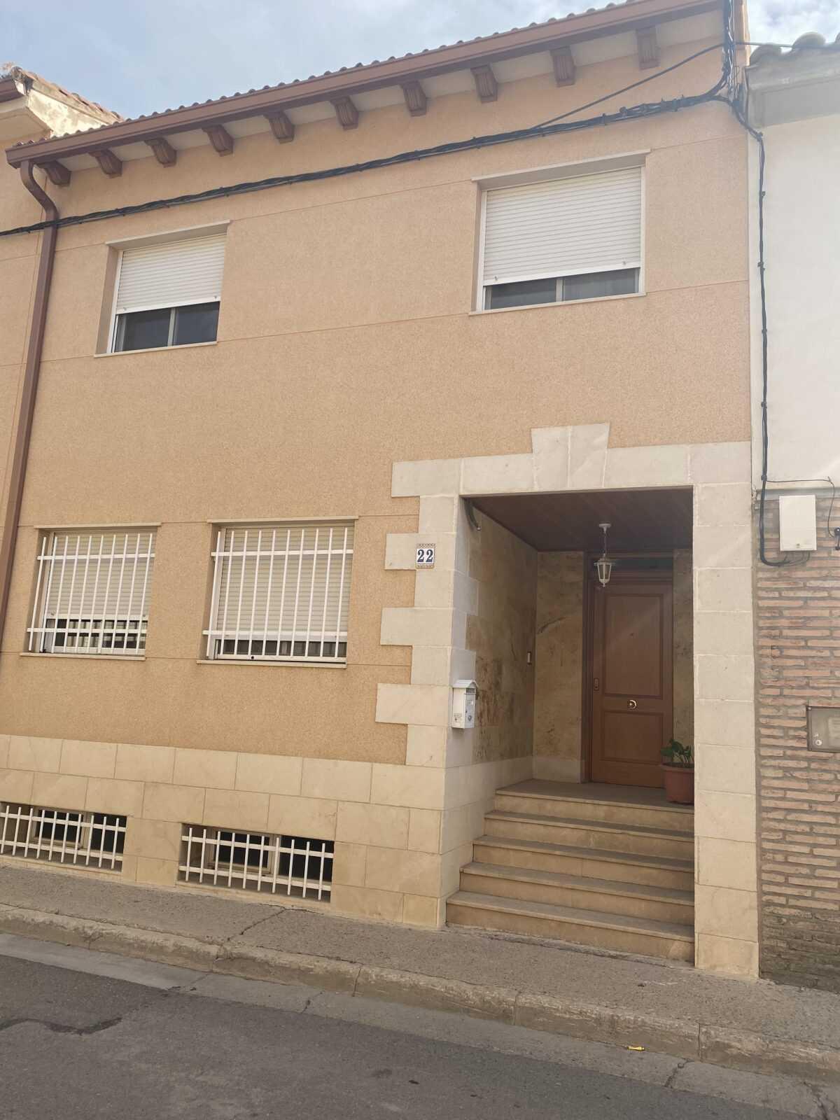 casa en villamayor del Gallego, calle Buen Aire